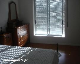 Alugo 2 quartos na zona das Barrocas em Aveiro perto da CP