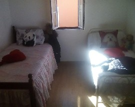Alugo quarto de casal em Sintra na Portela