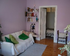Room with exclusivity of the living room in Lisbon
