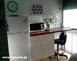 Quarto independente com wc privativo Lisboa Intendente