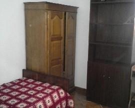 Alugo quarto em Caldas da Rainha proximo ESAD