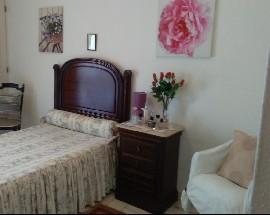 Alugo quarto com casa de banho completa individual em Faro