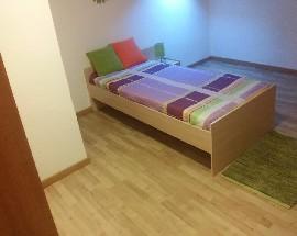 Alugo um quarto para alunas junto ao IPS de Setubal