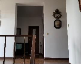 Apartamento T2 com muita claridade na rua Carlos Seixas