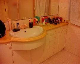 Quarto mobilado com wc privado em Leiria