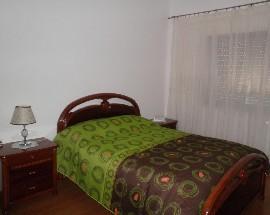 Arrendo quartos em moradia no Sobral de Monte Agraco