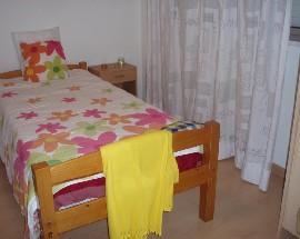 Arrendo suite com uso sala cozinha Porto centro