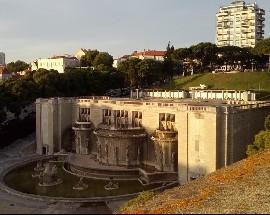 Quarto com vista para o Jardim da Alameda com despesas incluidas