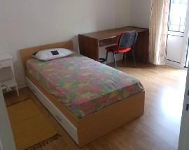 Arrendo um apartamento T3 em Coimbra Olivais