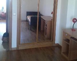 Alugo 2 quartos com wc privativo tv e wifi em Odivelas