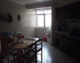 Alugo quarto em Leiria Centro