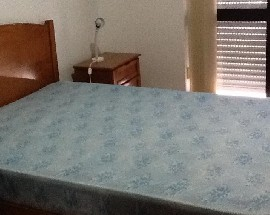 Quarto com cama casal varanda internet acesso a cozinha