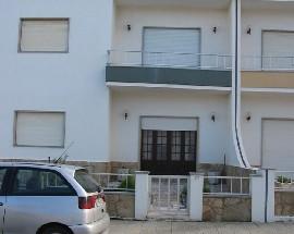 Arrenda se apartamentos na praia da Consolacao