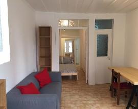 Apartamento T1 recem remodelado e mobilado na Bica