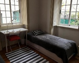 Single or double room in the city center of Lisbon