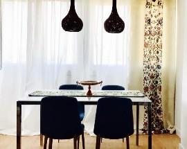 Alugo um quarto muito espacoso e mobilado em Lisboa
