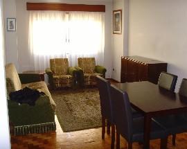 Arrendo dois quartos individuais num T3 Coimbra Centro