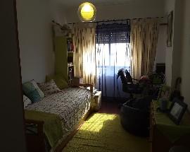 Alugo quarto em Sao Marcos