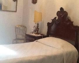 2 Quartos num apartamento mobilado em Benfica