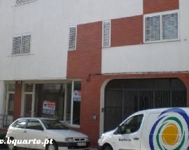 Alugo quartos em moradia Porto Areosa