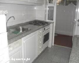 Apartamento T4 cozinha equipada alugo no Porto