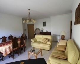 Alugo quarto em apartamento a rapariga Faro Gambelas