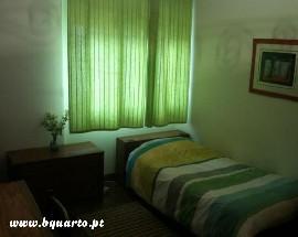 Alugo Quarto mobilado com wc privado em Lisboa Alto dos Moinhos