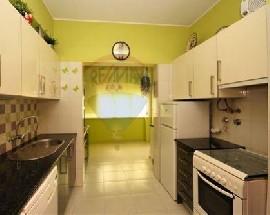 Apartamento para arrendar com dois quartos em Lisboa