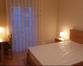 Alugo quarto em moradia no Porto