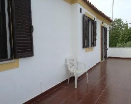 Alugo T2 mobilado em Quinta 3km de Evora