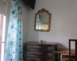 Arrendo quarto numa casa sossegada em Lisboa