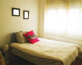 Alugo quarto mobilado no Rato