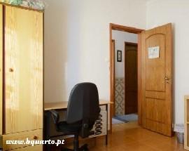 Room in Oeiras quartos em ITQB IGC Oeiras