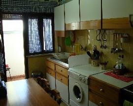 Alugo apartamento na Costa de Caparica