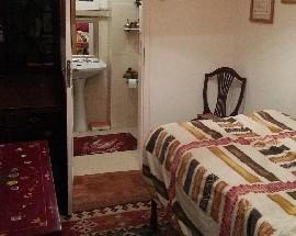 Quarto com casa de banho privativa Lisboa metro Roma