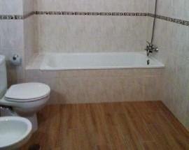 Alugo quarto mobilado em Leiria