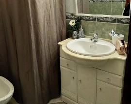 Quarto com wc privativo em Odivelas