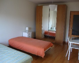 Two great rooms for renting next to Hospital de Sao Joao