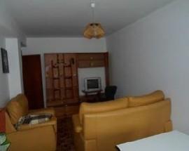 Arrendo tres quartos a meninas estudantes em Coimbra