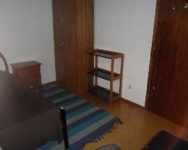Arrendo quartos a raparigas em Coimbra zona da Solum