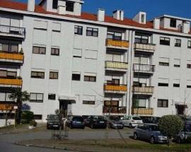T3 renovado em Gaia zona residencial e central