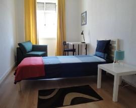 Alugo quartos mobilados em Setubal