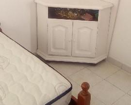 Alugo quarto com cama de casal Penha rotunda do Hospital