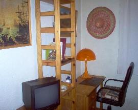 Quarto mobilado e casa para repartir em Olivais