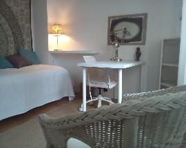 Alugo 3 quartos num duplex in Lisboa