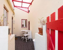 Sunny and quiet apartment at Castelo Sao Jorge hill