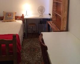 Alugo 2 Quartos em casa remodelada no centro do Bairro Alto
