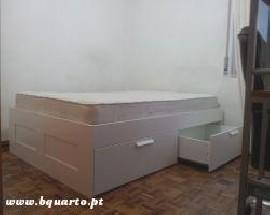 Quartos mobilados com janela em Lisboa