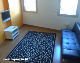 Apartamento T1 alugo em Oeiras