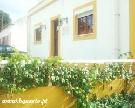 Moradia T2 para arrendamento Turcifal Torres Vedras
